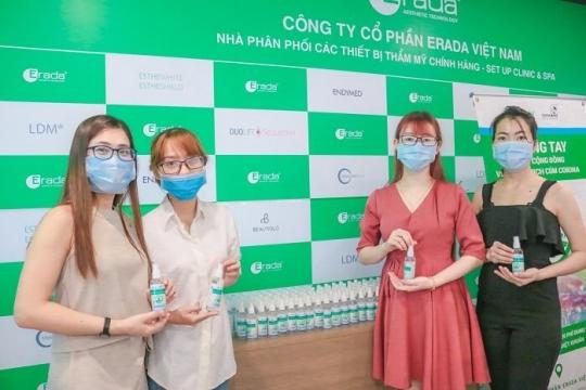 Phát tặng 1000 chai nước rửa tay sát khuẩn miễn phí phòng dịch Corona